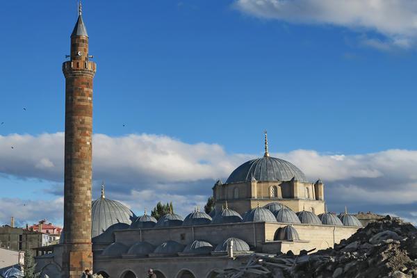 Kars Great Mosque Ross Burns/Manar al-Athar